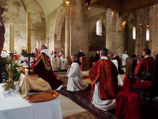 SSPX_May_2009_Ordination_Mass1